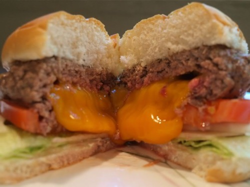 Jucy Lucy Close-Up